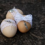 Великденски яйца с дантела