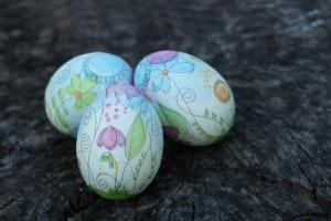 Великденски яйца- декупаж с белтък